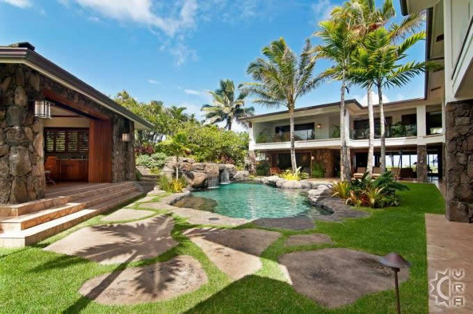 Top 6 luxury homes on oahu hawaii travel blog for Luxury homes in hawaii for sale