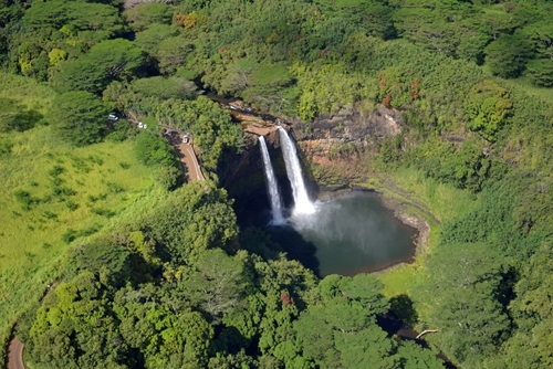 Find thrilling views from above during your Hawaiian vacation