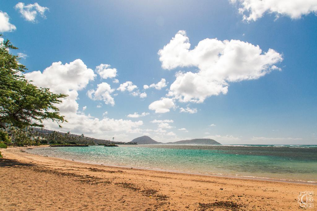 Waialae Beach In Kahala Oahu Hawaii