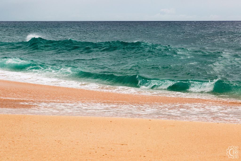 Off the Wall in Haleiwa, Oahu, Hawaii   Hawaiian Beach Rentals
