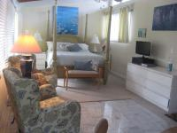 Kailua vacation rental: Monet Room - Studio Cottage